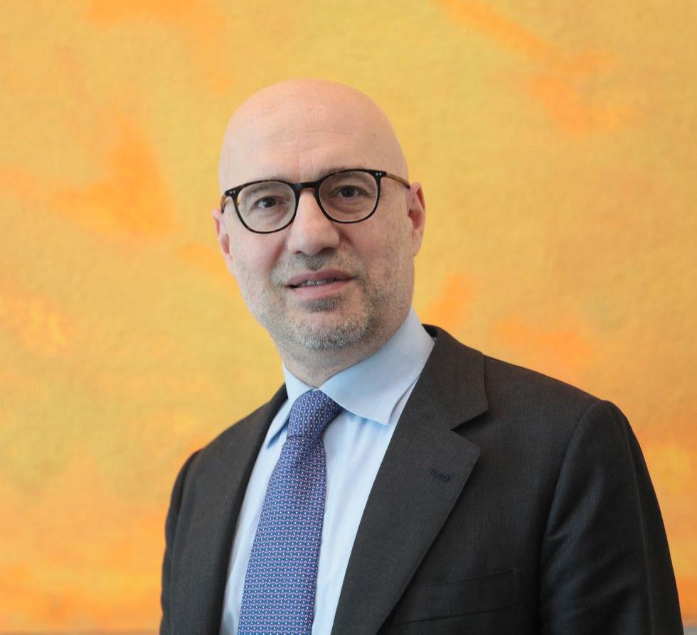 سفير إيطاليا بتونس السيد لورنزو فانارا