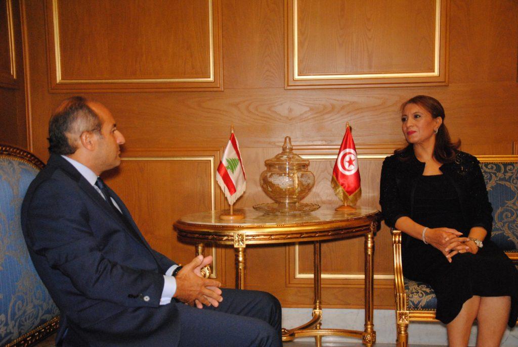 سعاد عبد الرحيم مع طوني فرنجية سعادة سفير لبنان بتونس